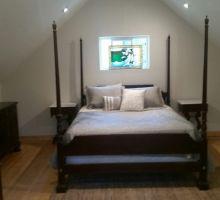 Main Cabin Queen Bed